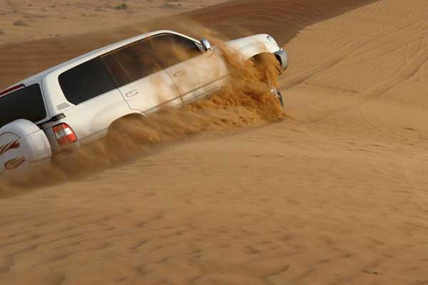 Dune-Bashing-in-Abu-Dhabi