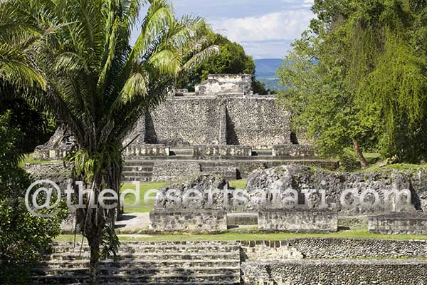 Maya-Ruins-in-Central-America
