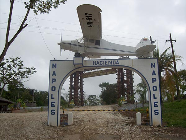 Pórtico_Hacienda_Nápoles