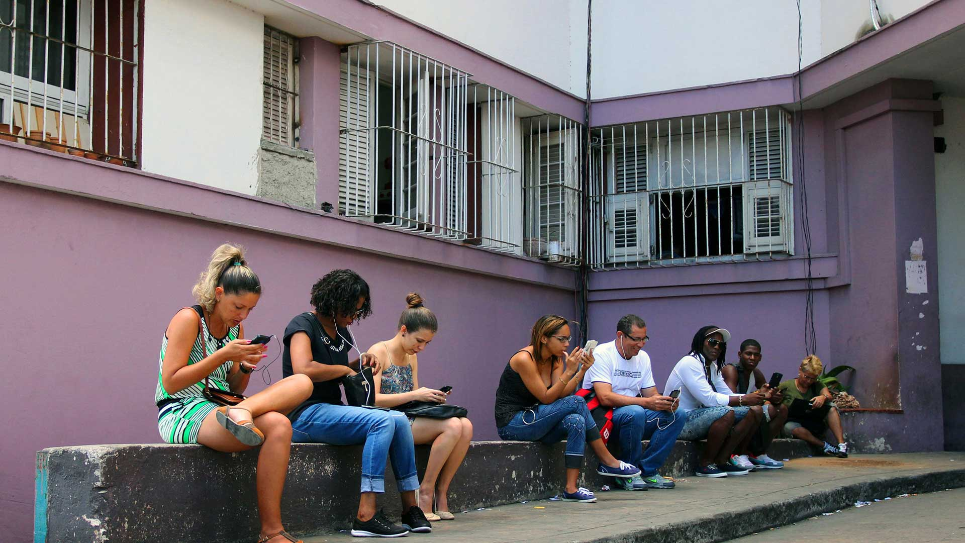 Internet and WiFi in Cuba TDS