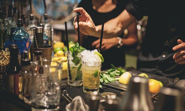 Splendido bar and kitchen