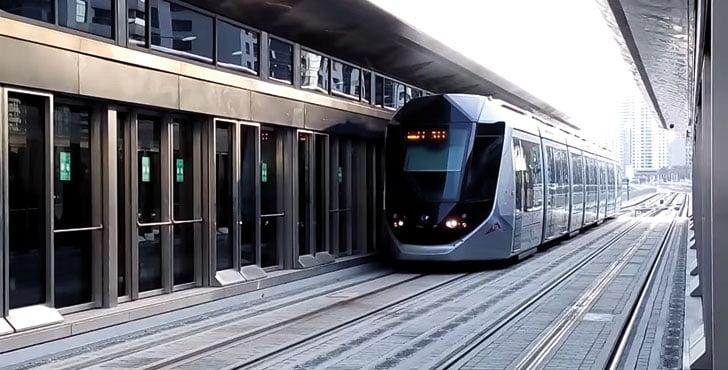 dubai-tram