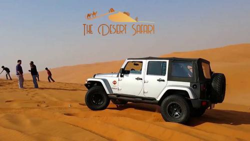 Wrangler-Jeep-during-desert-safari-tour