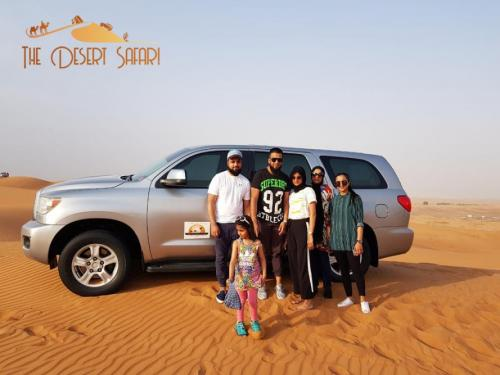 dune-bashing-in-Toyota-Sequoia