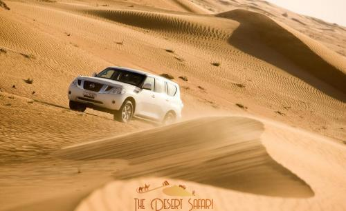 dune-bashing-in-nissan-patrol